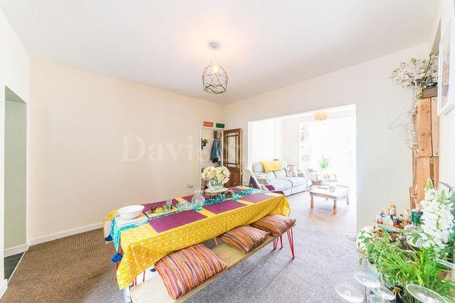 Dining Room of Hafod Tudor Terrace, Wattsville, Cross Keys, Newport. NP11