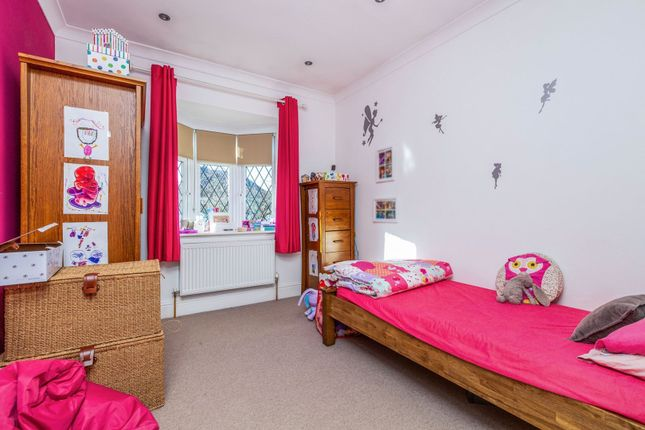 Bedroom of Romany Rise, Orpington BR5
