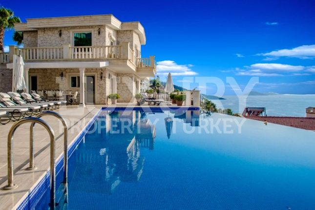 Thumbnail Villa for sale in Kalkan, Mediterranean, Turkey