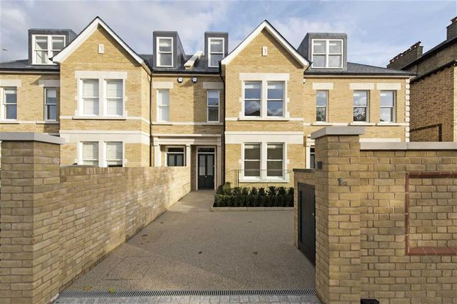 Thumbnail Terraced house to rent in Colinette Road, Putney