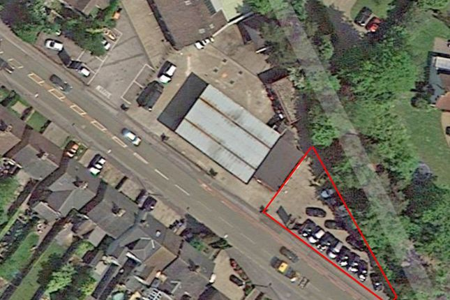 Thumbnail Retail premises to let in Felbridge Garage, London Road, Felbridge, East Grinstead