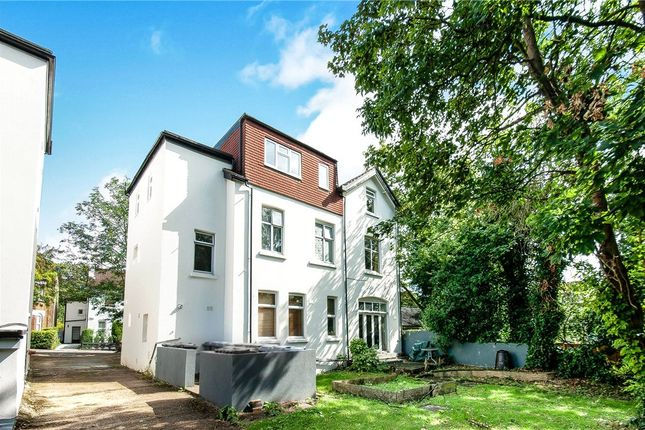 Picture No. 11 of January House, 28 Birdhurst Rise, South Croydon CR2