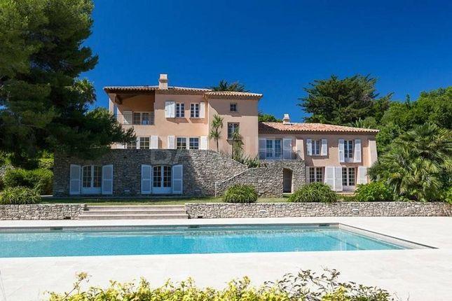 Thumbnail Property for sale in 36 Résidence Du Port, 83990 Saint-Tropez, France
