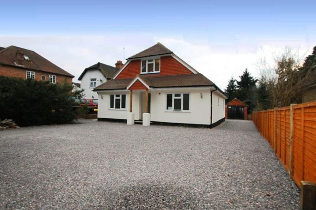 4 bed detached house to rent in Tilford Road, Rushmoor