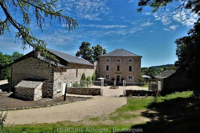 Thumbnail Property for sale in Yssingeaux, Auvergne, 43200, France