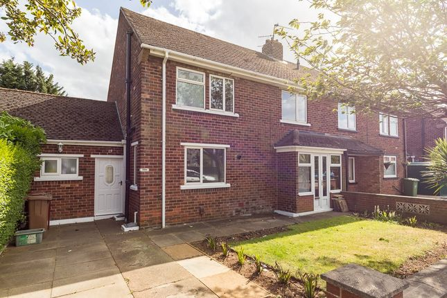 Thumbnail Semi-detached house to rent in Morley Road, Scunthorpe