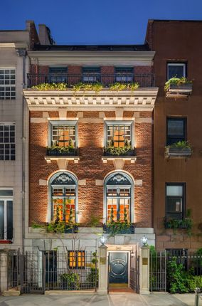 Thumbnail Town house for sale in 163 E 64th St, New York, Ny 10065, Usa