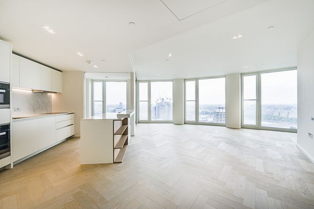 Thumbnail Flat to rent in South Bank Tower, Southbank