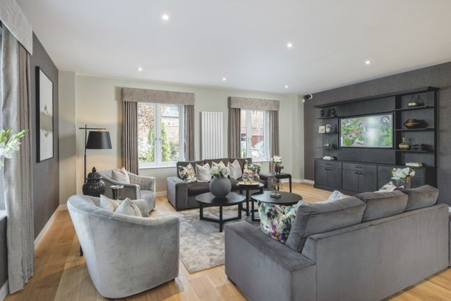 Thumbnail End terrace house for sale in Southdown Road, Harpenden