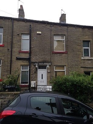 Thumbnail Terraced house to rent in West Parade, Sowerby Bridge