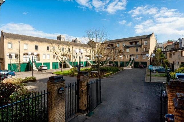 1 bed flat for sale in Bowmans Mews, London