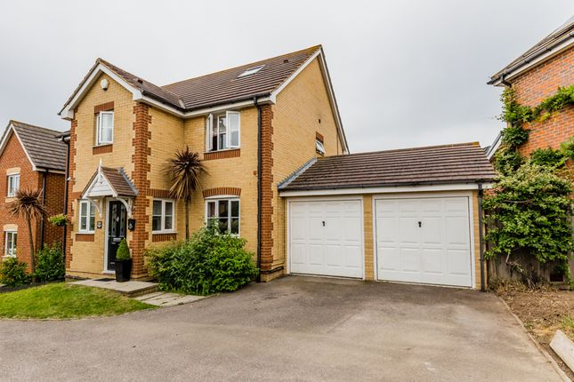 Thumbnail Detached house for sale in Recreation Way, Kemsley, Sittingbourne