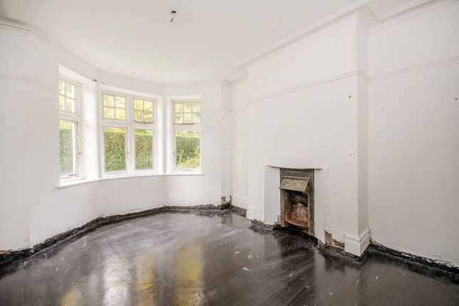 Thumbnail Flat for sale in The Pryors, Hampstead