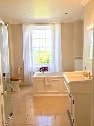 Bathroom of Annan DG12