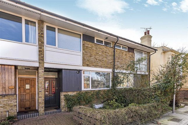 Thumbnail Terraced house for sale in Raleigh Road, Kew, Richmond