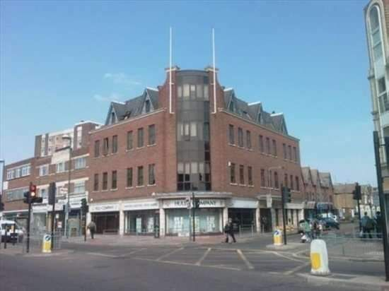 Serviced office to let in Cranbrook Road, Ilford