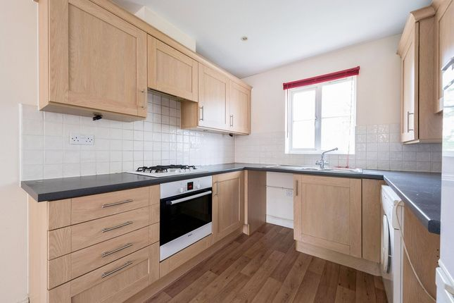 Thumbnail Flat to rent in Blakes Road, London