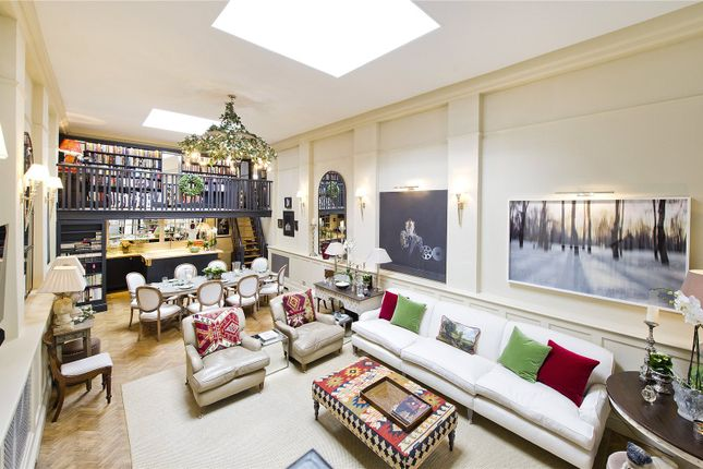 Thumbnail Maisonette for sale in Bedford Gardens, London