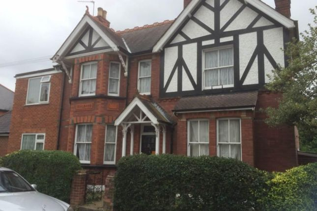 Thumbnail Detached house for sale in Great West Road, Hounslow