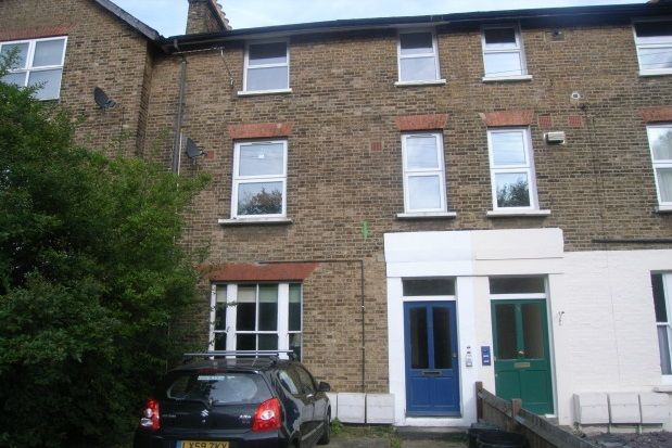 Thumbnail Property to rent in Station Road, Shortlands