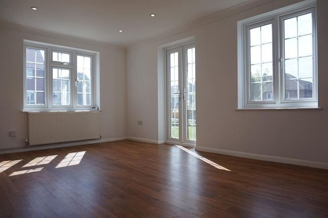 Thumbnail End terrace house to rent in Brow Crescent, Orpington