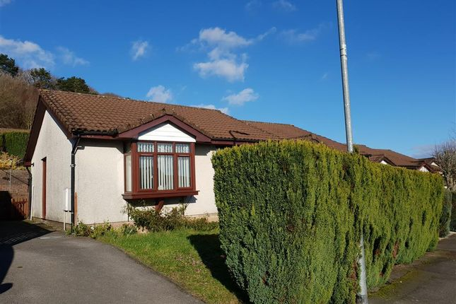 2 bed semi-detached bungalow to rent in Oak Hill Park, Skewen, Neath SA10