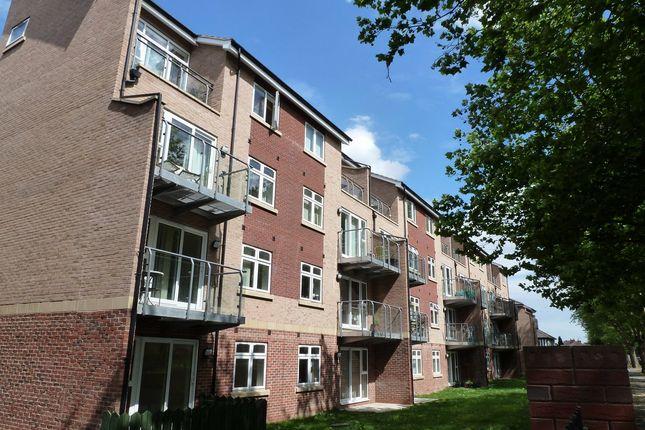 Thumbnail Flat to rent in 334 Cottingham Road, Hull