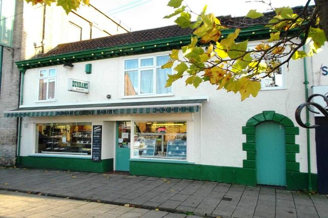 Thumbnail Restaurant/cafe for sale in Bridge Street, Brigg
