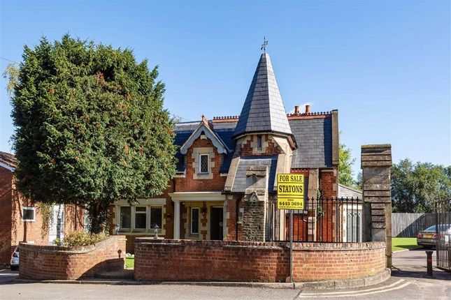 Thumbnail Property for sale in Brunswick Park Road, London