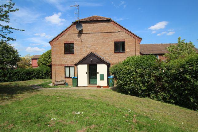 Thumbnail Studio for sale in Parslow Court, Hawkslade, Aylesbury
