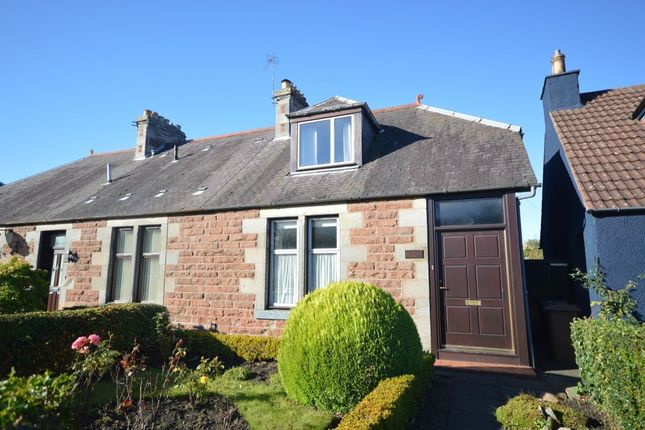 Thumbnail Semi-detached house to rent in Woodside Way, Glenrothes