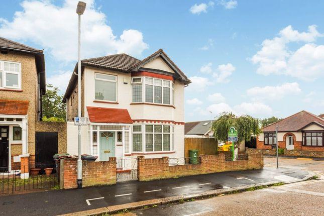 Lee Avenue, Chadwell Heath, Romford RM6