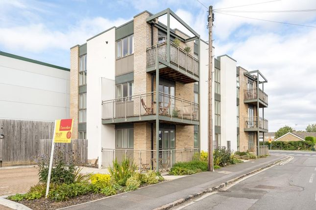 Thumbnail Flat to rent in Butlers Drive, Carterton