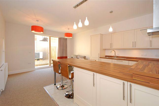 Thumbnail Flat to rent in Staple Court, Bridge Street, Witney