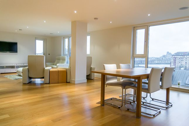 Thumbnail Flat to rent in Dolphin House, Imperial Wharf