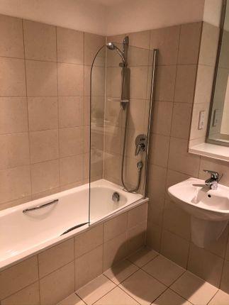 Bathroom of Rice Street, Castlefield M3