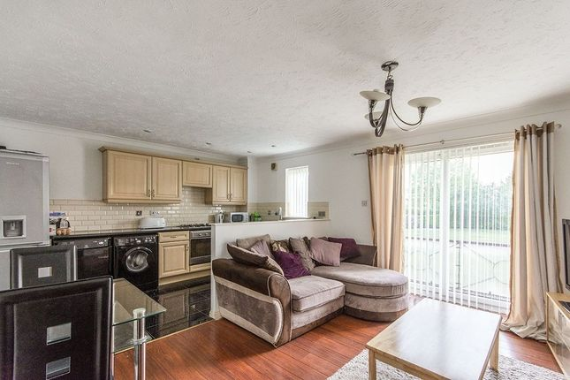 Thumbnail Flat for sale in Lakeside Boulevard, Doncaster