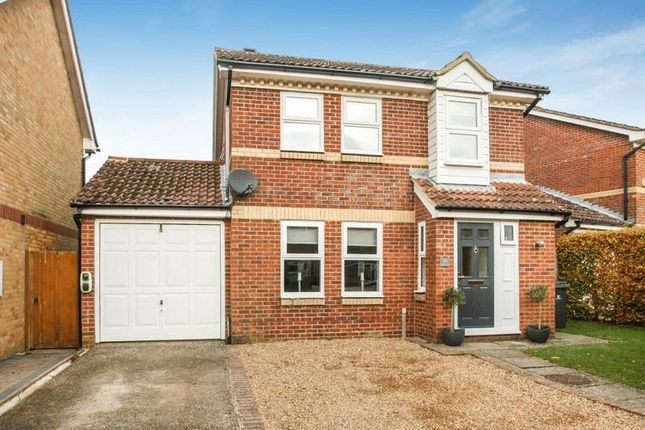 3 bed detached house for sale in Gosling Grove, Downley, High Wycombe