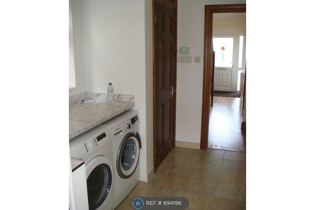 Laundry Room of Taunton Avenue, Hounslow TW3