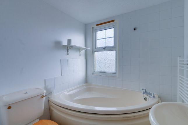 Bathroom of Orchard View Wear Farm, Newton Road, Bishopsteignton, Teignmouth TQ14