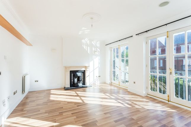 Thumbnail Terraced house to rent in The Boulevard, Woodford Green