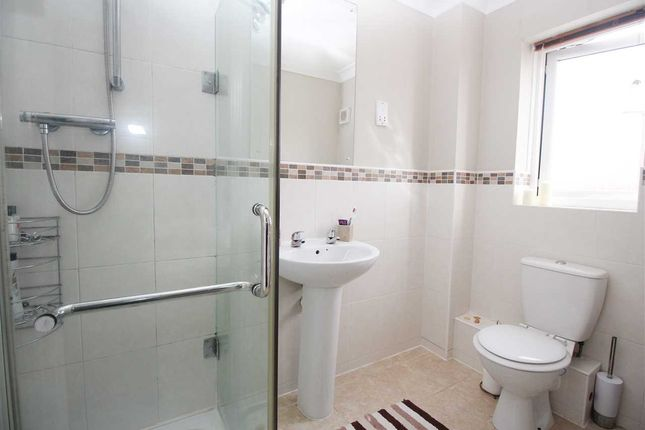 En Suite of Millbrook Road, Northburn Edge, Cramlington NE23