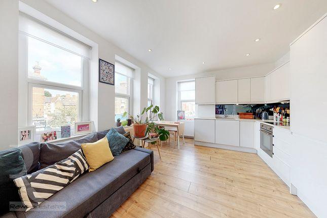Thumbnail Flat to rent in Green Lanes, Haringey