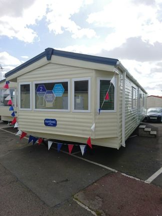 Thumbnail Mobile/park home for sale in Beach Road, St. Osyth, Clacton-On-Sea