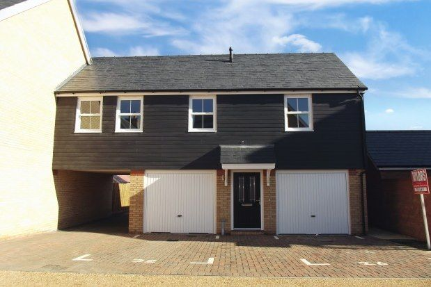 2 bed property to rent in Kennett Drive, Biggleswade SG18