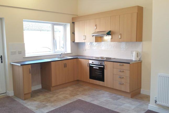 Thumbnail Flat to rent in Lanes Mews 15A, Abbey Road, Bourne
