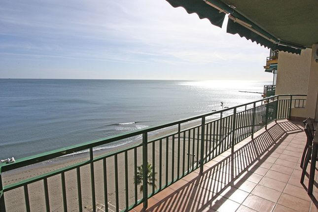 Thumbnail Apartment for sale in Fuengirola, Málaga, Spain