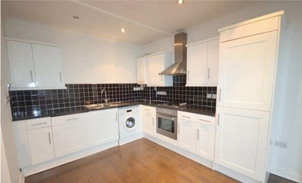 Thumbnail Flat to rent in Hainault Road, London