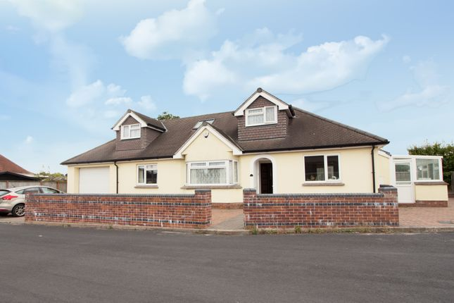 Thumbnail Detached bungalow for sale in Whiteway Road, Kingsteignton, Newton Abbot