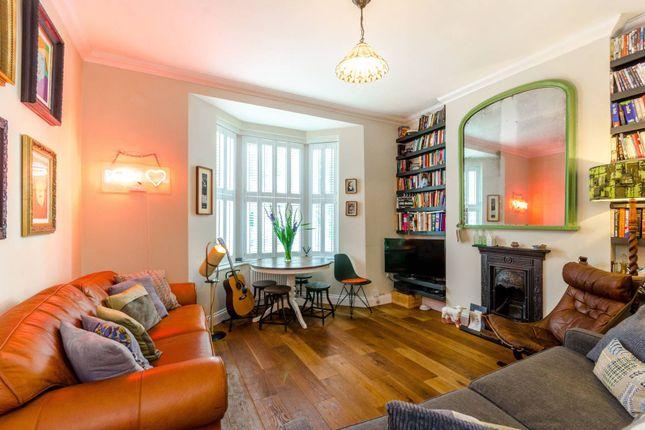 Thumbnail Flat to rent in Borthwick Road, Leytonstone